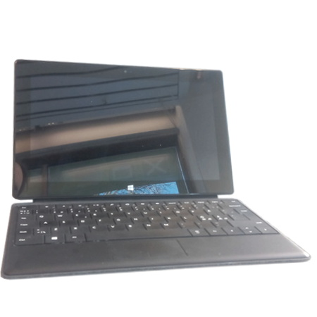 käytetty Microsoft Surface Pro